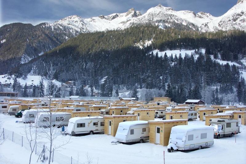wintercamping leih ski wohnwagen mieten 2
